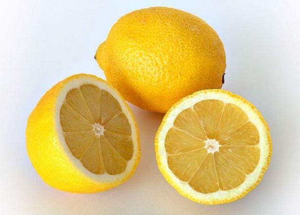 Come utilizzare l'acido citrico per realizzare i detersivi casalinghi