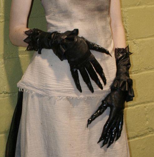 claw gloves, via Flickr.