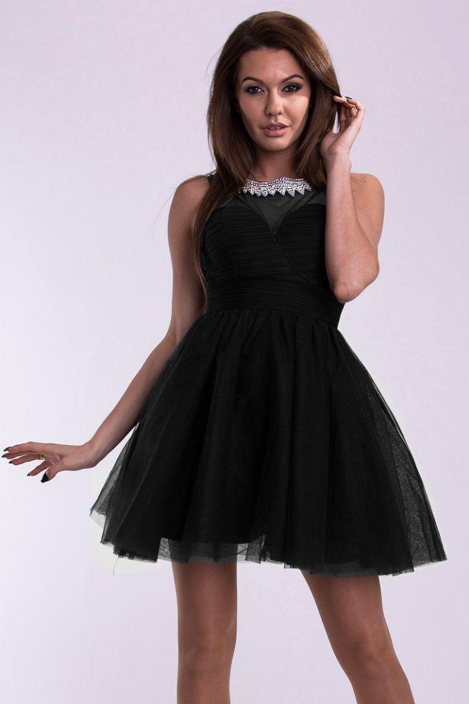 Czarna sukienka tiulowa typu księżniczka