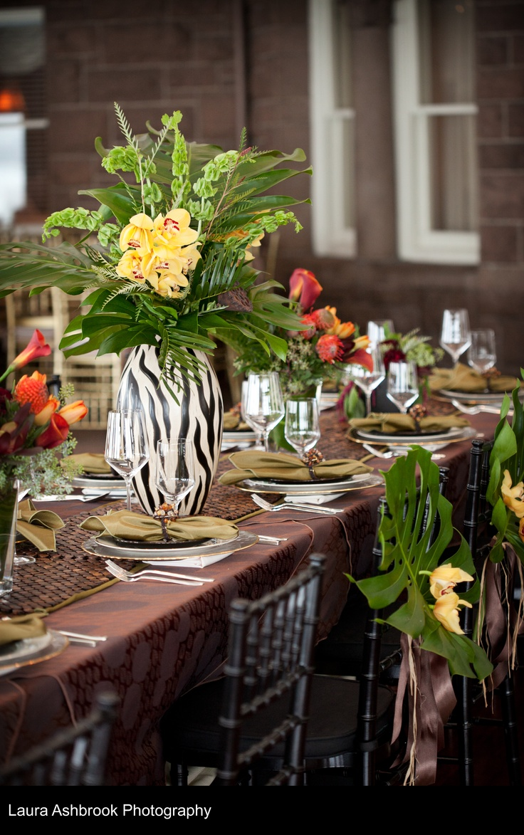 17 best images about safari theme wedding ideas on pinterest out of africa wedding ideas and - Deco table jungle ...