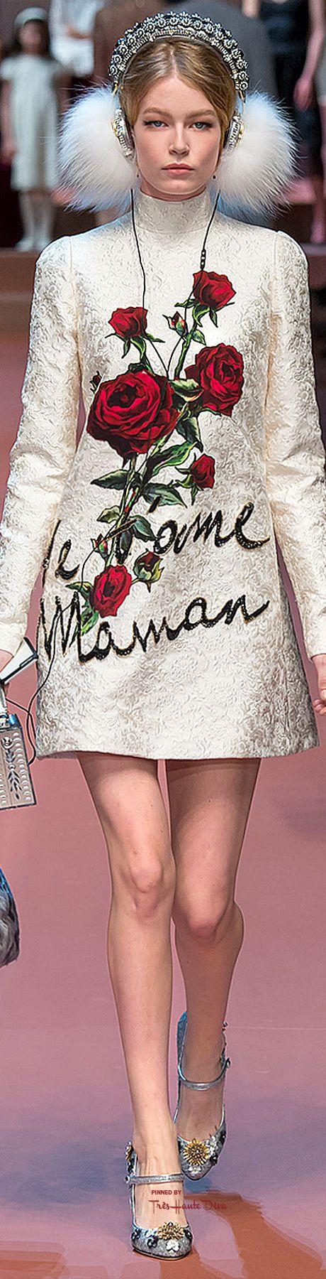 Dolce & Gabbana                                                                                                                                                                                 Mais