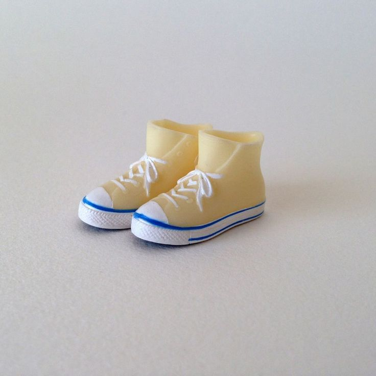RARE Takara Blythe Doll Stock Shoes - Light Yellow Converse Boots Shoes #Takara #ClothingAccessories