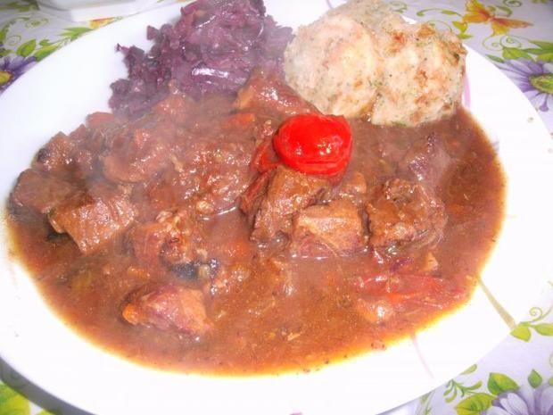 Rezept: Fleischtopf : Gulasch halb und halb
