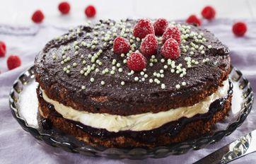 Chokoladekage med lakridscreme