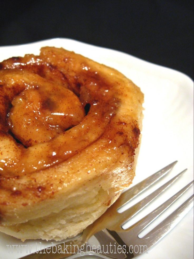 These. Are. Awesome. -->> Best Gluten-Free Cinnamon Buns | The Baking Beauties
