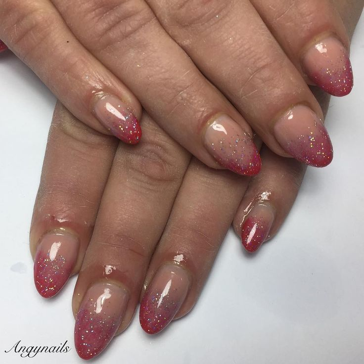 #nails #nail #fashion #style #ricostruzioneunghie #gel #beauty #beautiful #instagood #pretty #girl #girls #almondnails #sparkles #styles #glitter #nailart #art #red #photooftheday #ongles #unhas #rosso #french #frenchnails #love #shiny #nailporn #nailpolish #nailswag