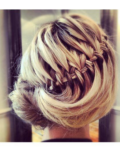hair styles pinterest 17 best ideas about roll hairstyle on victory 8444 | ca9ddd439ee74f9ce3697c8444ae6b1e