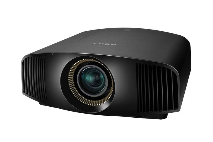 Sonys new 4K projector costs $15K and will eventually display live broadcasts