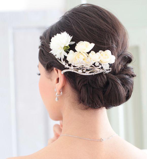 No.7エレガントツイストシニヨン|アトリエはるか-ブライダルスタイルブック|Bridal Style Book