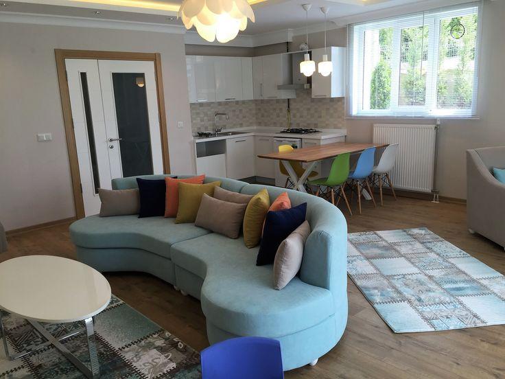 #yaşam alanı #açık mutfak #mutfak #mutfak tasarımı #beyaz mutfak #şık #modern mutfak #yemek masası #özel tasarım #sandalye #akrilik tezgah # oturma odası dekorasyonu #ortak yaşam alanı #Oval koltuk #sehpa modelleri #berjer #modern oturma odası dekorasyonu #ferah #renkli #rahat #okuma köşesi #yemek masası #masif yemek masası #alçıpan tavan modelleri #kartonpiyer #modern asma tavan modelleri #ışık bandı #berjer #avize modelleri