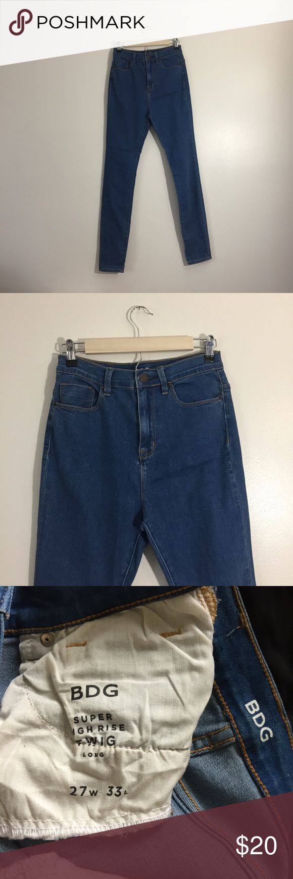 BDG Twig super high rise skinny jean Like new BDG from Urban Outfitters Twig super high rise skinny jean in indigo vintage. In excellent condition, never worn. Pair with your favorite crop top or bodysuit, choker and sandals for any occasion. Price is firm. Urban Outfitters Jeans Skinny