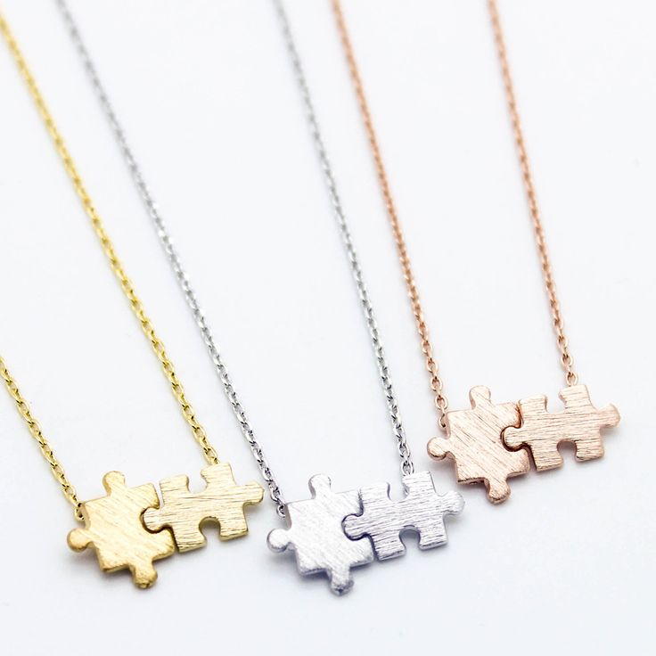 Puzzle pieces necklace- in rose gold
