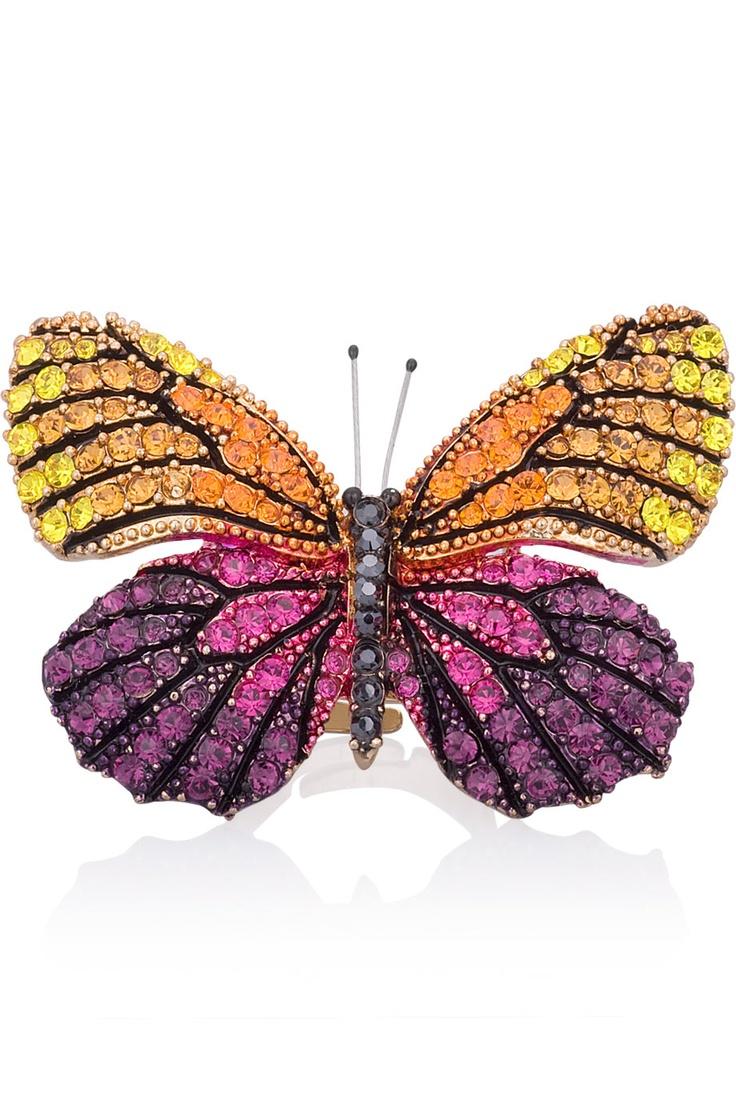 Guldpläterad fjärilsring med cubicstenar.   *Goldplated butterfly ring with CZ.