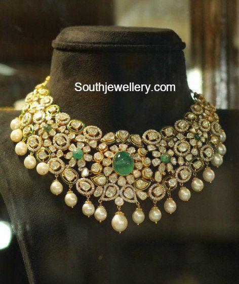 Flat Diamond Necklace Set photo