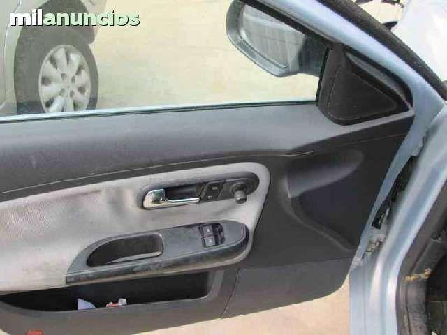 DESPIECE DE SEAT IBIZA STELLA DE 2004 - foto 5
