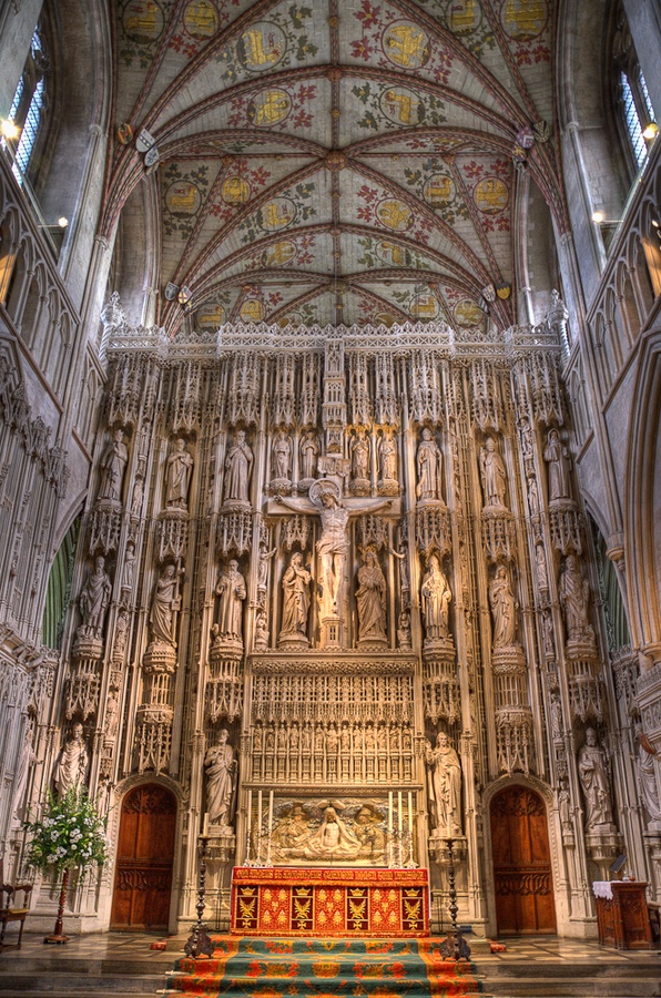 St Albans Cathedral carving by Brendan McQuillan - a stone carving and a magnificent feat of ancient engineering and craftsmanship