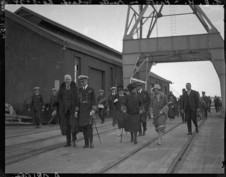 112425PD: Royal visitors on Fremantle wharf  https://encore.slwa.wa.gov.au/iii/encore/record/C__Rb2214867