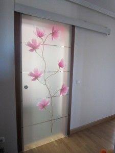 17 mejores ideas sobre puertas corredizas de vidrio en for Puertas de cristal decoradas