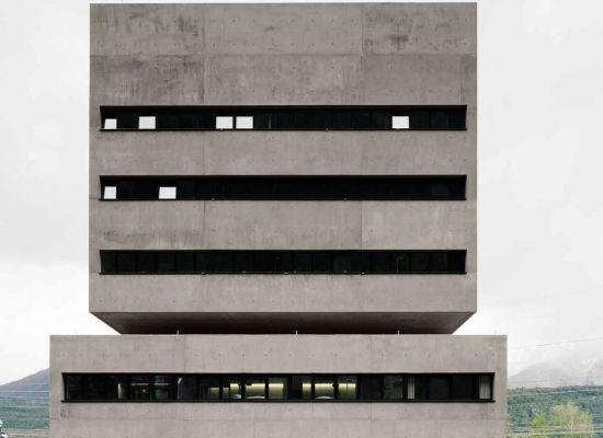 Preis: TIWAG KWB LEITSTELLE mit BESUCHERZENTRUM, Silz, Bechter Zaffignani Architekten ZT GmbH, TIWAG - Tiroler Wasserkraft AG, © Rasmus Norlander, Zürich, Stockholm