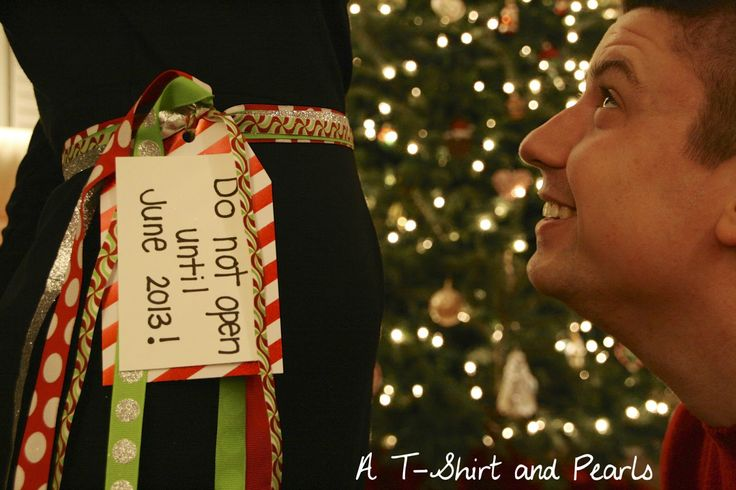 Pregnancy Announcement Idea (SN: I AM NOT PREGNANT. Just thought this was a super cute idea)