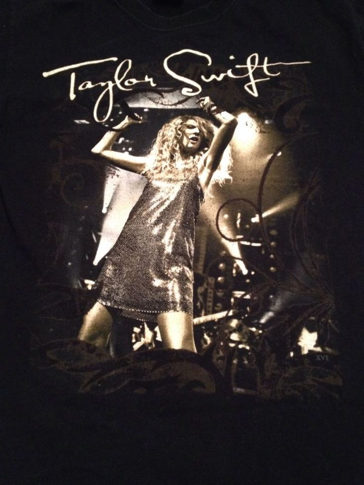 Taylor Swift Adult T-Shirt - 2-sided graphics - Fearless Concert Tour  - Size S #Gildan #ShortSleeve