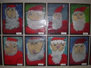 I love these chalk pastel Santas! Copy smaller onto mini canvases for parent gifts