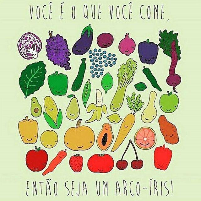 ❤ seja um arco íris ❤ e conte com a minha ajuda para isso  #nutrition #nutricao #nutricaocomamor #nutricionista #fruits #frutas #rainbow #healthylifestyle #saudeebemestar #nutriju_