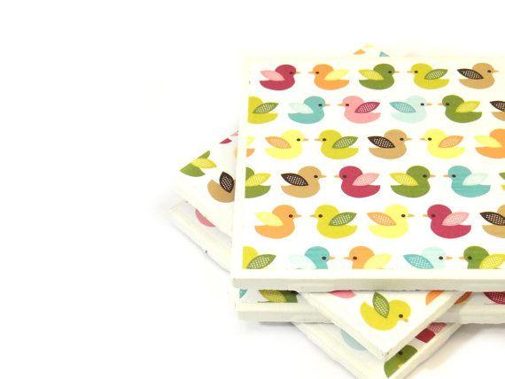 Oiseau tuile Coasters  Rainbow oiseaux  Set par littlecoastergnome