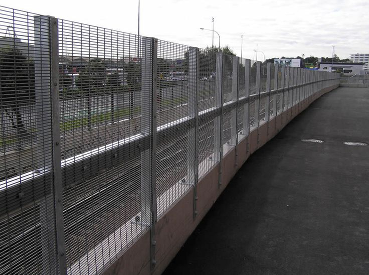 Get Gates & Fence It - Motorway Fencing
