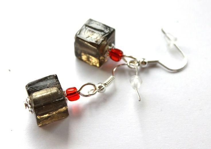 Kolczyki-kostki z szarego szkła weneckiego w Especially for You! na http://pl.dawanda.com/shop/slicznieilirycznie  #kolczyki #earrings  #handmade #DaWanda  #glass #szkło
