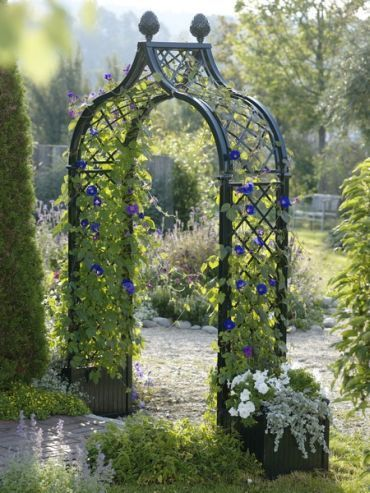 These Heavy Free Standing Arches Strongly Impress With A