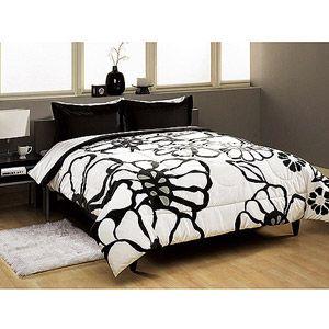 Modern Bloom Comforter Set??? http://www.walmart.com/ip/Flower-Graphic-Comforter-Set/9713716?findingMethod=rr