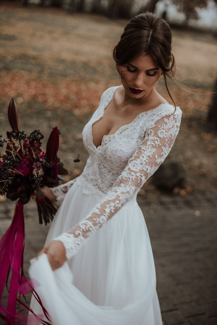 45 Casual Long Sleeve Wedding Dresses Ideas 1