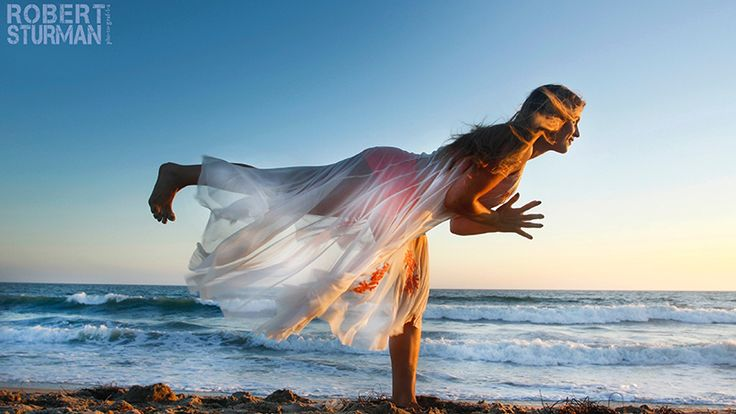 International Day of Yoga: Yoga Around the World In Photos http://www.yogajournal.com/slideshow/international-day-of-yoga-robert-sturman-photos/