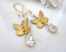 Vlinder oorbellen, gouden vlinder met Swarovski White Pearl Faceted duidelijk ovale stenen oorbellen, Vintage huwelijksgeschenk, bruidsmeisje oorbellen