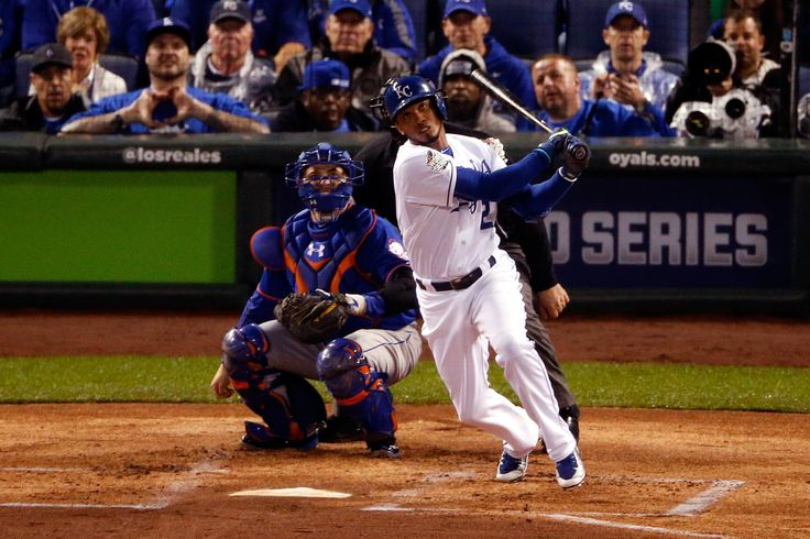 Alcides Escobar of the Kansas City Royals hits an inside-the-park home run in the first inning against the New York Mets during Game 1 of the World Series at Kauffman Stadium on Oct. 27, 2015. (Photo by Christian Petersen/Getty Images)