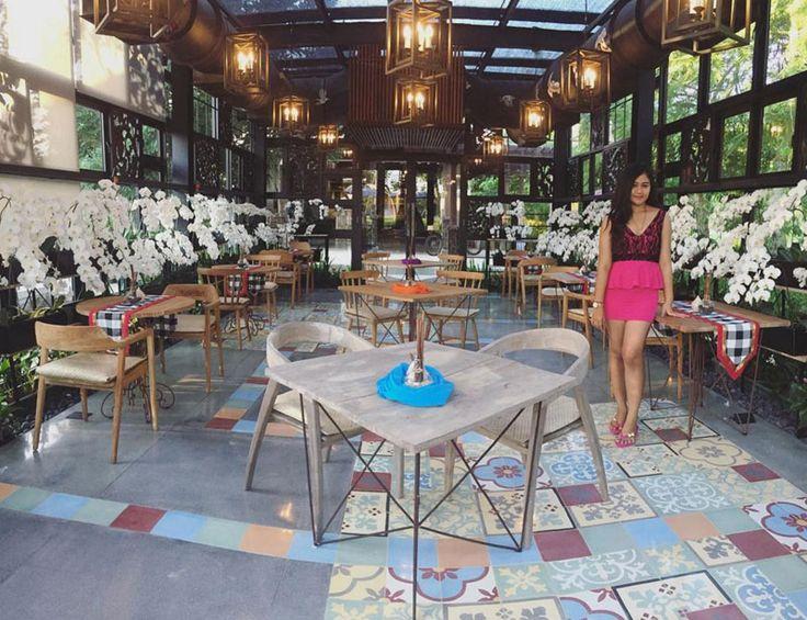 1-1-orchidtealounge-interior-via-iadwisarasvati