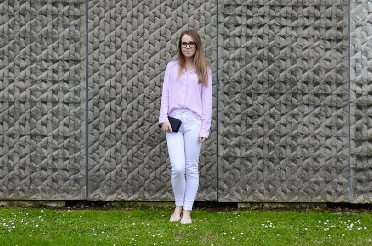 The Pink And White Shirt: The Lilly Mint Blog