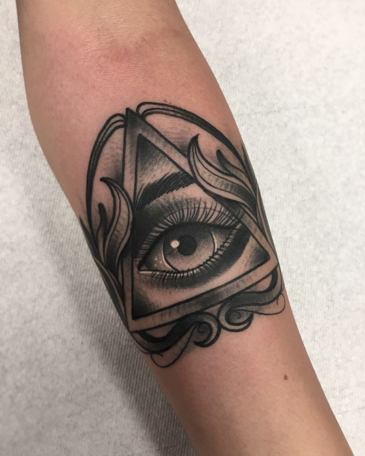 All seeing eye by Robert Cabello @ Infamous Ink in Pico Rivera CA