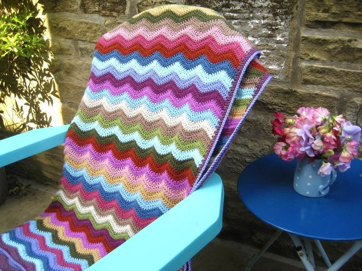 Lucy's Ripple Cottage Blanket