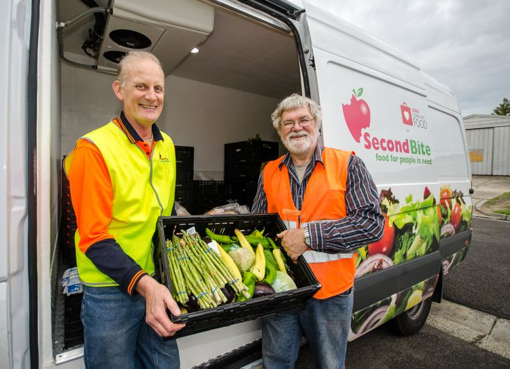 SecondBite driver, Graham, with Ken, volunteer coordinator, at Pantry 5000. Ken and his team of volunteers work tirelessly to provide up to 450 food hampers for people in need each week. Photo by Kat Clay #SecondBite #volunteer #food #DoSomethingPhoto