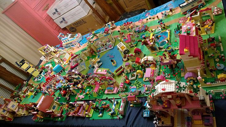 My Lego Friends Heartlake City Set Up Lego Pinterest