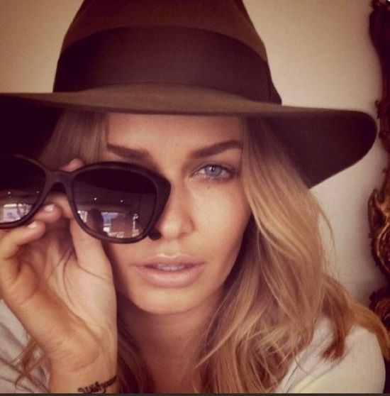 Lara Bingle and a great fedora