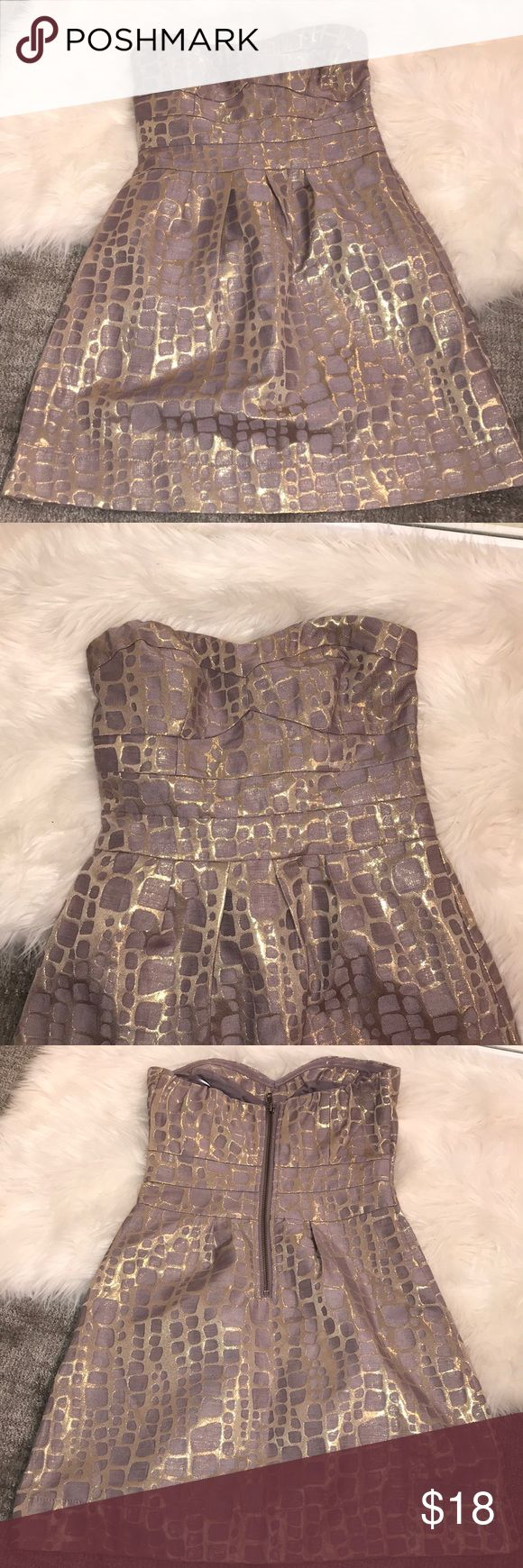 NWOT VIOLET & GOLD STRAPLESS DRESS American eagle Never worn, new without tags strapless dress! Pale purple/lavender with metallic gold pattern!!! Size 0 Gorgeous dress just never had an occasion to wear it:( American Eagle Outfitters Dresses Strapless