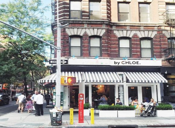 By Chloe- Greenwhich village (bleeker street).  excellent, excellent.  mac and cheese and burgers and amazing salads and desserts. absolutely fabulous. be prepared for lots of crowds!! 8.8/10