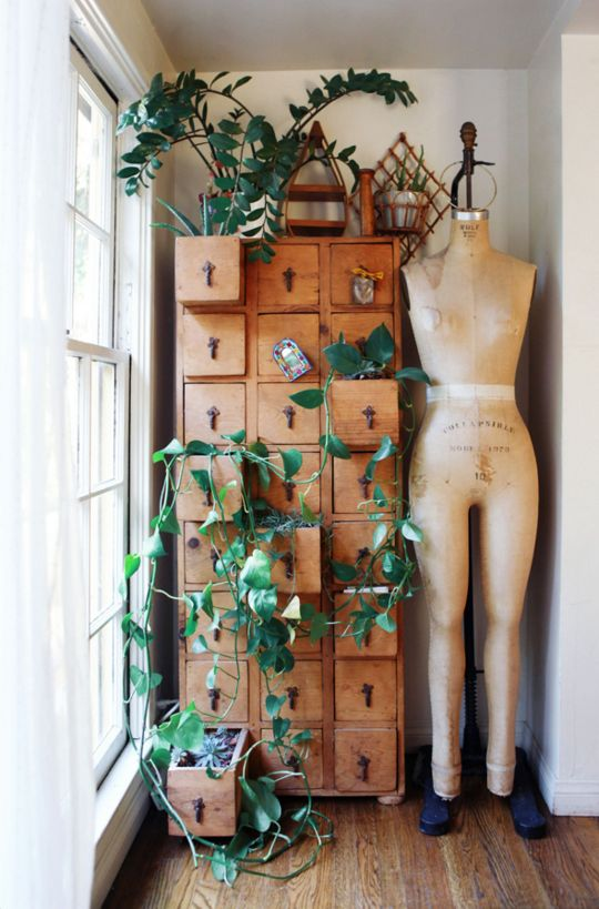 Re-purposed?  True, but is it really practical - although it looks amazing on this photograph.