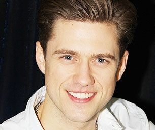 This is Aaron Tveit. You may know him as Tripp Van der Bilt on Gossip Girl, but trust, he was a theatre god first. And I love him.
