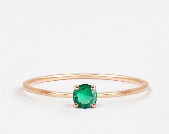 Emerald Gemstone Princess Cut initial ring Stackable  Ring Dainty Ring Minimal ring,Gold Emerald Ring,14K Solid gold Initial Gold Ring