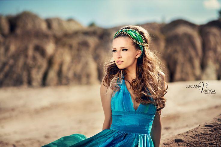 butterflay  Hairstyle: Mihaela Vodnar- Salon Ciao Bella   Designer: Atelier Ligia Mocan  Photo: Luciana Varga  Make-up atist: Iulia Burlac  Model: Silvana Moldovan