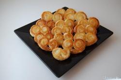 » Ventagli di pasta sfoglia - Ricetta Ventagli di pasta sfoglia di Misya